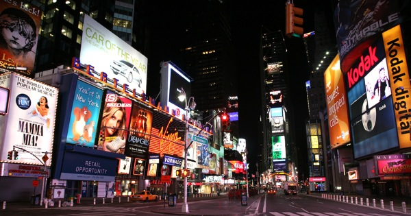 Out-of-Home Digital Video Display Audience Exceeds 155 Million or 67 Percent of Americans Per Month