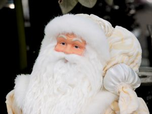 Hispanics Celebrate Christmas In Uncertain Economic Times