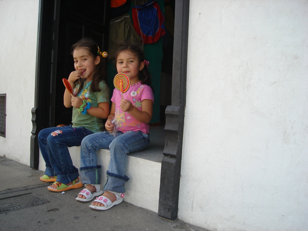 Etiquette and propriety are important that is why these Colombian girls sit up very straight! - Body language meaning in Colombia